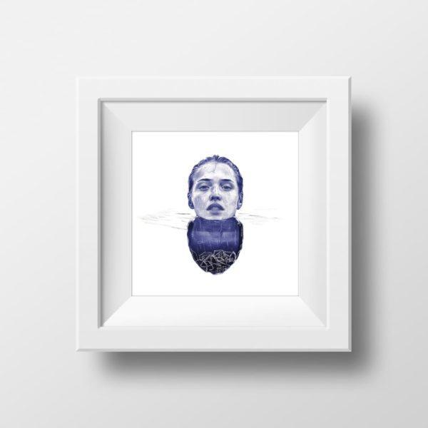 Mockup de una ilustración realista a bolígrafo Bic azul de una chica sumergida en el agua