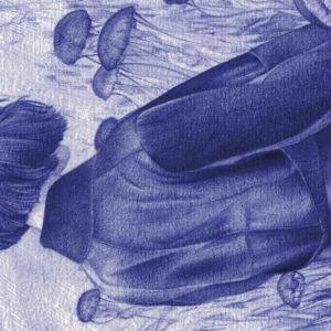 Detalle de ilustración realista a bolígrafo Bic azul de una chica en un campo de medusas