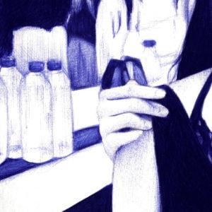 Detalle de ilustración realista a bolígrafo Bic azul de dos chicas en un club